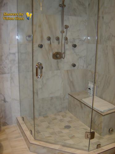 Showers - transom-bottom